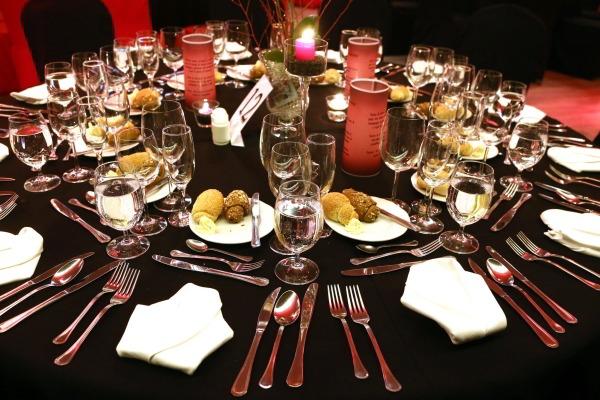 picture Szilveszteri Gála vacsora a Dunán élőzenével